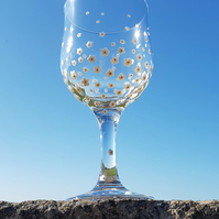 Hand Painted Wine Large Glass 'Daisy'