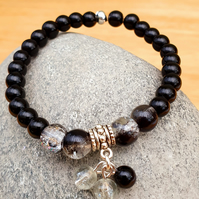 Black beaded stretch bracelet,Black crackle glass and pearl bead bracelet