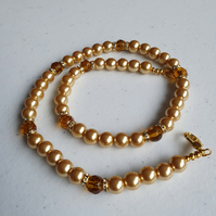 Golden pearl necklace,Gold and pearl neacklace