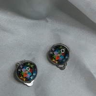 Bright cabochon clip earrings