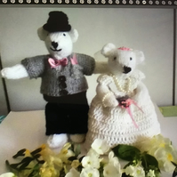 Knitted bride and groom.