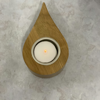 Teardrop candle holders