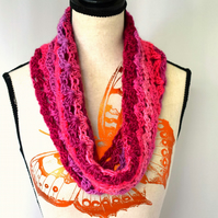 Shades of Pink Crochet Cowl