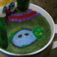 NEEDLE FELTED COUNTRY COTTAGE GARDEN IN CATH KIDSTON MUG