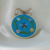 Bee and flowers needle felt art in embroidery hoop