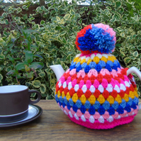 crochet tea cosy, colourful tea cosy, granny stripe tea cosy