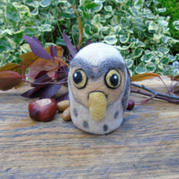 Cute Owl - free standing - wool owl - 3.5 ins tall
