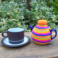 Colourful tea cosy, hand knitted tea cosy, small one cup tea cosy