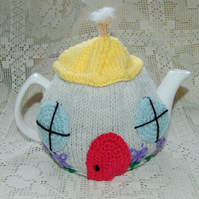 Tea cosy in a Country Cottage design