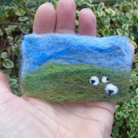 Needle felt brooch Yorkshire dales sheep ladies jewellery wool badge