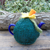 Daffodil topped tea cosy - hand knitted in  merino wool - to fit a small teapot