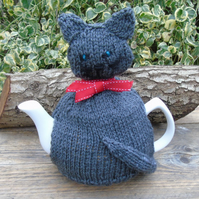 Tea cosy,  hand knitted - to fit a large teapot  Grey cat with red bow