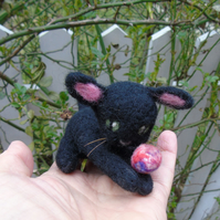 Black Cat - Needle felt cat - cat ornament -