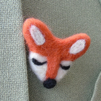 Fox, Needle felt fox brooch -  ladies jewellery wool badge wool art