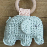 Elephant, Teething ring, Pale green, Baby gift, Cotton yarn, Beech wood ring