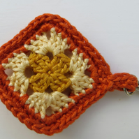 Crochet keyring, Granny square, Retro gift, Miniature crochet, Orange, Yellow