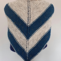 Wool blend triangular scarf-shawl