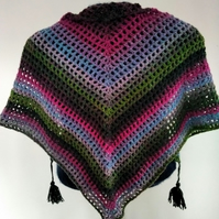 Triangular scarf - small shawl