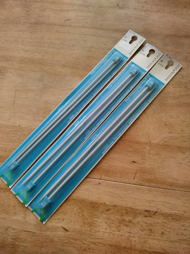 Set of 3 pairs Knitting needles 25cm long  -sizes 3mm, 3.25mm & 3.75mm