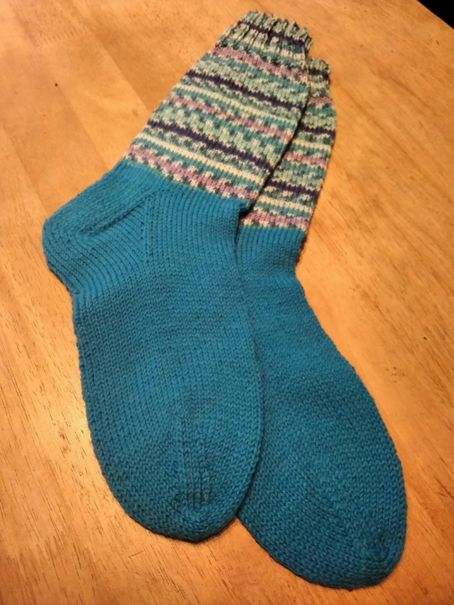 Wool blend socks size 6-7 - hand knitted