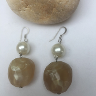Marbled resin dangle drop earrings