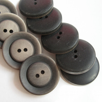 10 x Black & Light Brown 1 Inch Buttons