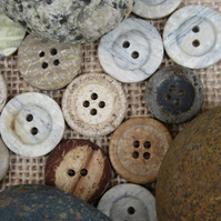 35gms Mixed Natural Coloured Buttons