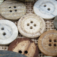 Mixed Natural Coloured Buttons 35g