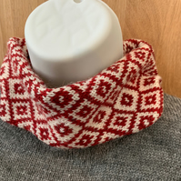 Pure lambswool neck warmer snood