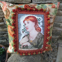 La Ghirlandata - Vintage Embroidery Cushion