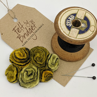 Small vintage inspired felted flowers brooch in shades of yellow