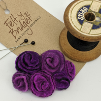 Small vintage inspired felted flowers brooch in shades of purple