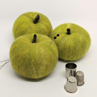 Felted wool fruit pincushion: Granny Smith apple