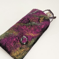 Glasses case: felted wool