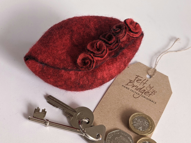 Wet felted Pod Purse: Red purse (L)