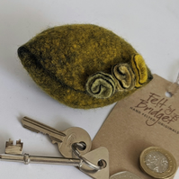 Small felted Pod Purse: Yellow