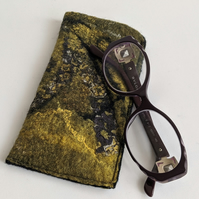 Glasses case: felted wool - yellows