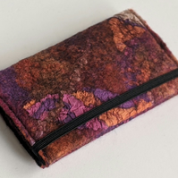 Credit card wallet: felted wool - pinks and oranges