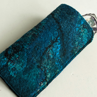 Glasses case: felted wool - teal and turquoise
