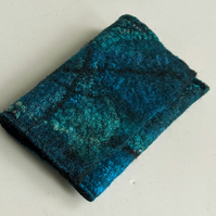 Credit card wallet: felted wool - teal and turquoise (single)