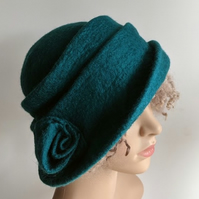 Teal felted wool hat - homage to Downton!