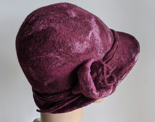 Claret felted wool cloche hat