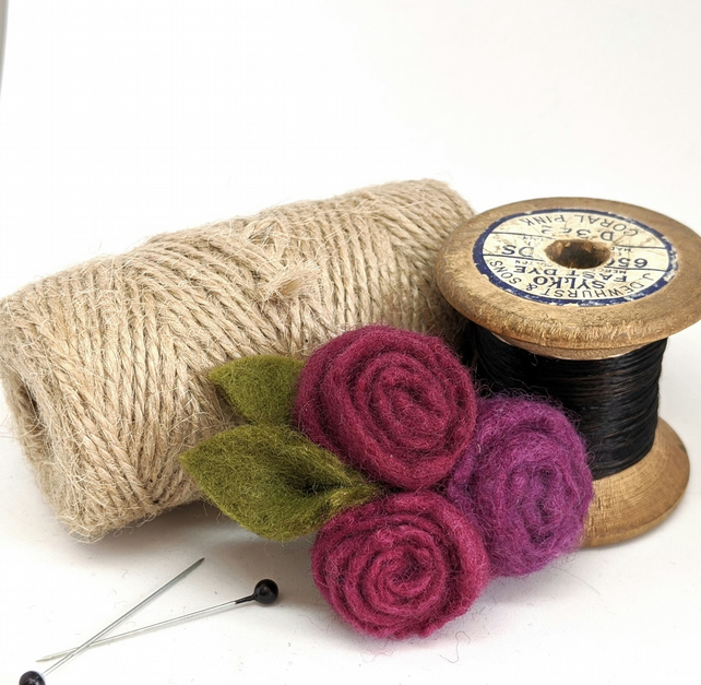 Small felted roses brooch in berry colours
