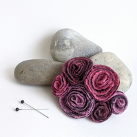 Large vintage inspired felted flowers brooch in shades of dusky pinks