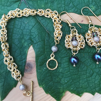 Gold plated chainmalle bracelet and earrings set