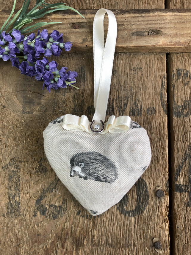 Hedgehog gift hanging heart lavender lucky door hanging gift