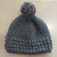 Womens Crochet Hat - Flecked grey with contrasting grey & mauve pompom - size M