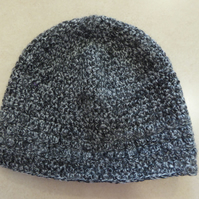 Womens Crochet Hat - Mixed Black & Grey - Size S