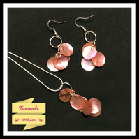 Delicate Shell Necklace & Earrings Set - Pink