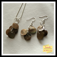 Delicate Shell Necklace & Earrings Set - Shimmering Browns